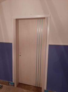 Színházterem ajtaja 2
